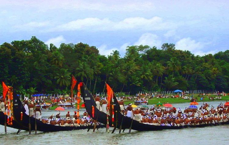 aranmula-boat_race-_kerala-india-1