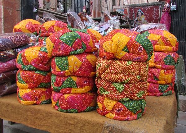 Gujarat, Textiles, Crafting in Gujarat, Gujarat Arts and Crafts,